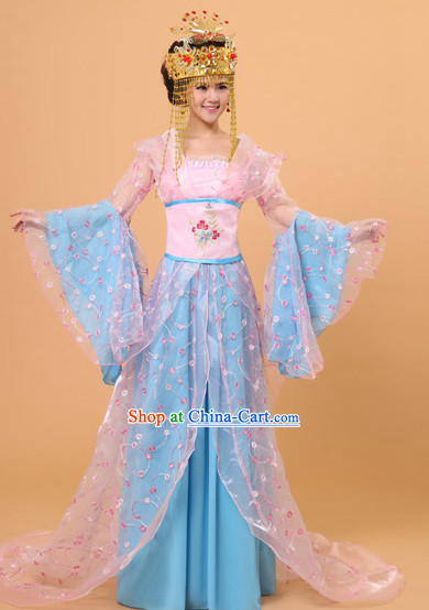 Long Tail Ancient Chinese Film and Video Princess Garment and Headwear