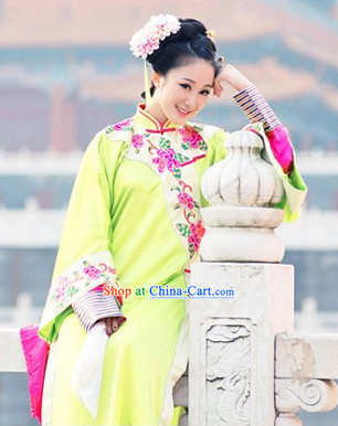 Chinese Qing Dynasty Forbidden City Yellow Long Robe for Lady