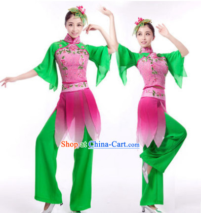 Traditional Chinese Festival Performance Long Ribbon Fairy Dancing Dresses and Hair Accessories