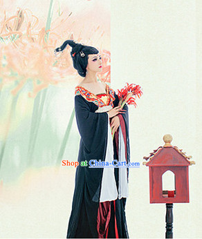 Tang Dynasty Black Female Suit and Wig