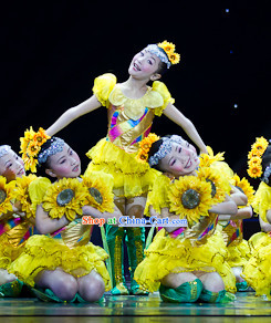 Traditional Chinese Sunflower Dancing Costumes and Props