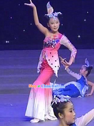 Primary School Students Stage Performance Lotus Dance Costumes