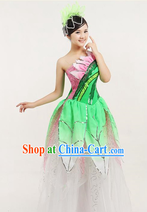 Chinese Dancing Costumes and Headwear
