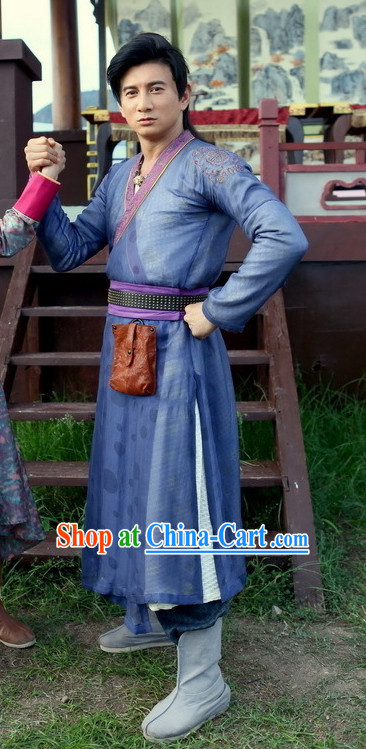 Asian Swordman Clothing