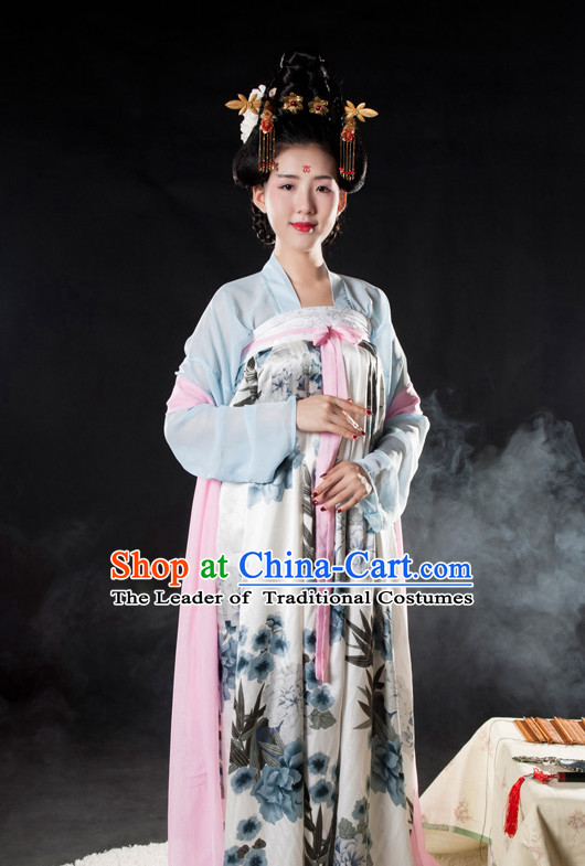 Tang Dynasty Princess Outfits and Hair Accessories