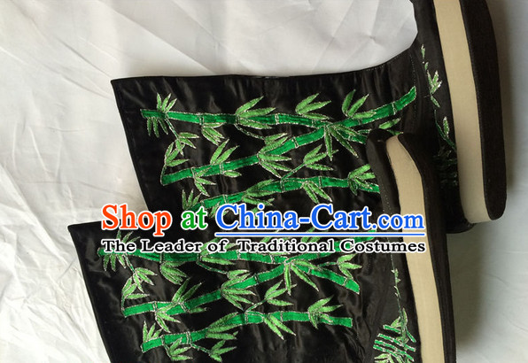 Classic Chinese Opera Embroidered Bamboo Boots for Men