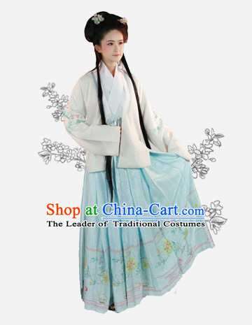 Chinese Song Dynasty Wear Clothing and Hair Jewelry Complete Set for Women