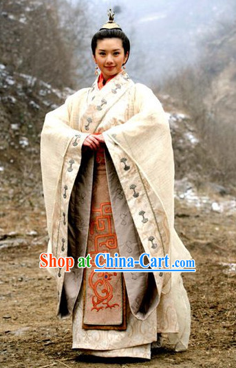 China Ancient Noblewoman Han Fu Dresses and Hair Accessories