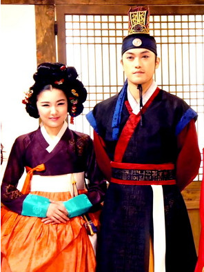 Korean TV Drama Costumes Dance Costumes Carnival Costumes Traditional Costumes for Men and Women