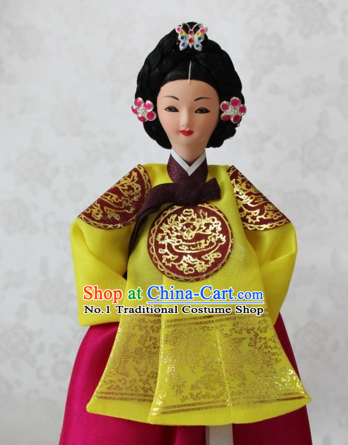 Korean Empress Hanbok Statues