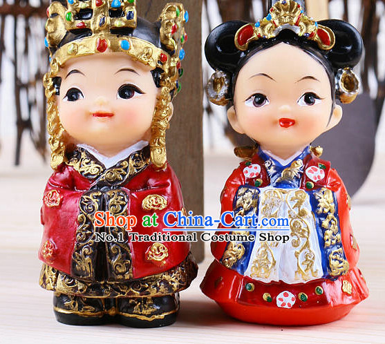 Korean Traditional Emperor and Empress Statues