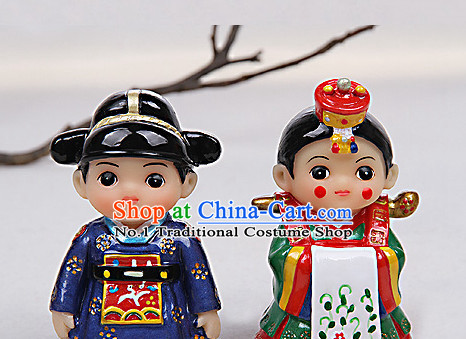 Korean Traditional Imperial Palace Wedding Couple Statues