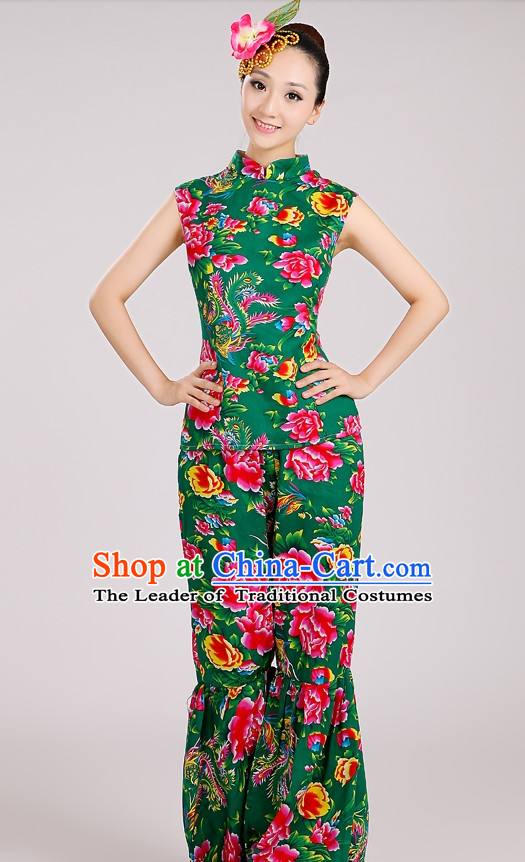 Chinese Folk Yangge Group Dance Costumes and Headpieces Complete Set for Woen