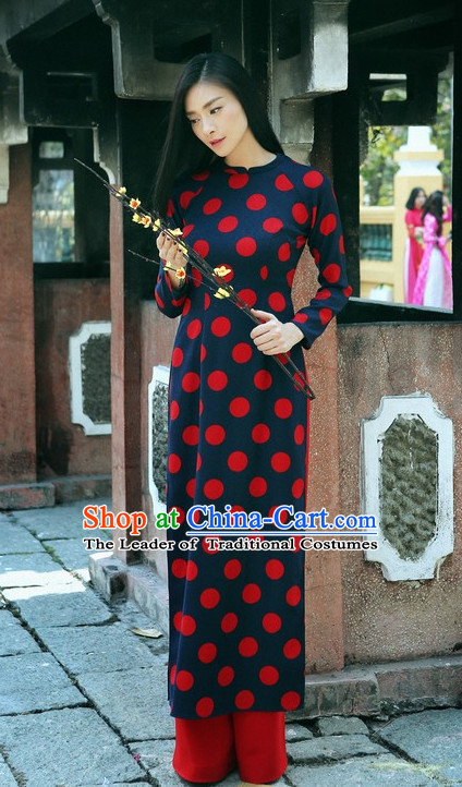 Traditional Vietname Women Dress Complete Set