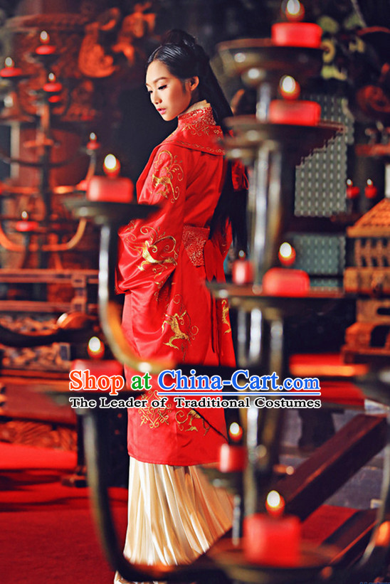China Classic Red Wedding Dresses Complete Set for Brides
