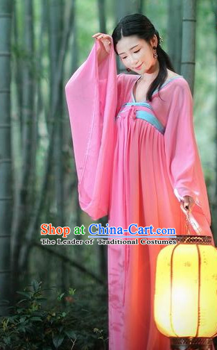 Tang Dynasty Lady Ruqun Clothing