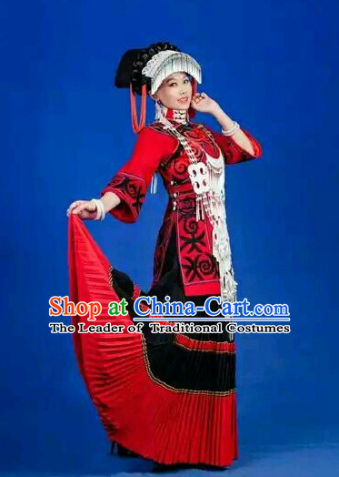 China Miao Tribe Princess Garment Clothing and Hat Complete Set for Women