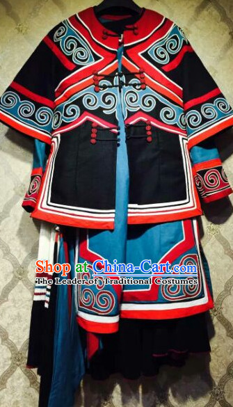 Chinese Folk Ethnic Traditional Dresses Garment and Hat Complete Set for Women