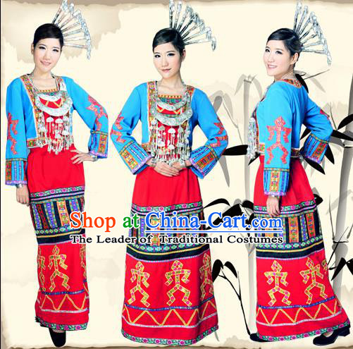 Traditional Chinese Li Nationality Dancing Costume, Li People Female Folk Dance Ethnic Pleated Skirt, Chinese Minority Nationality Embroidery Costume for Women