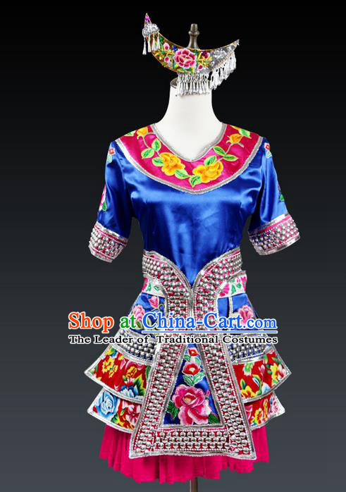 Traditional Chinese Dong Nationality Dancing Costume, Dongzu Female Folk Dance Ethnic Dress Set, Chinese Minority Dong Nationality Embroidery Costume for Women