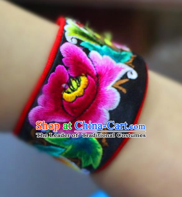 Traditional Chinese Miao Nationality Jewelry Accessories Bracelet, Hmong Ethnic Accessories Embroidery Bracelet for Women