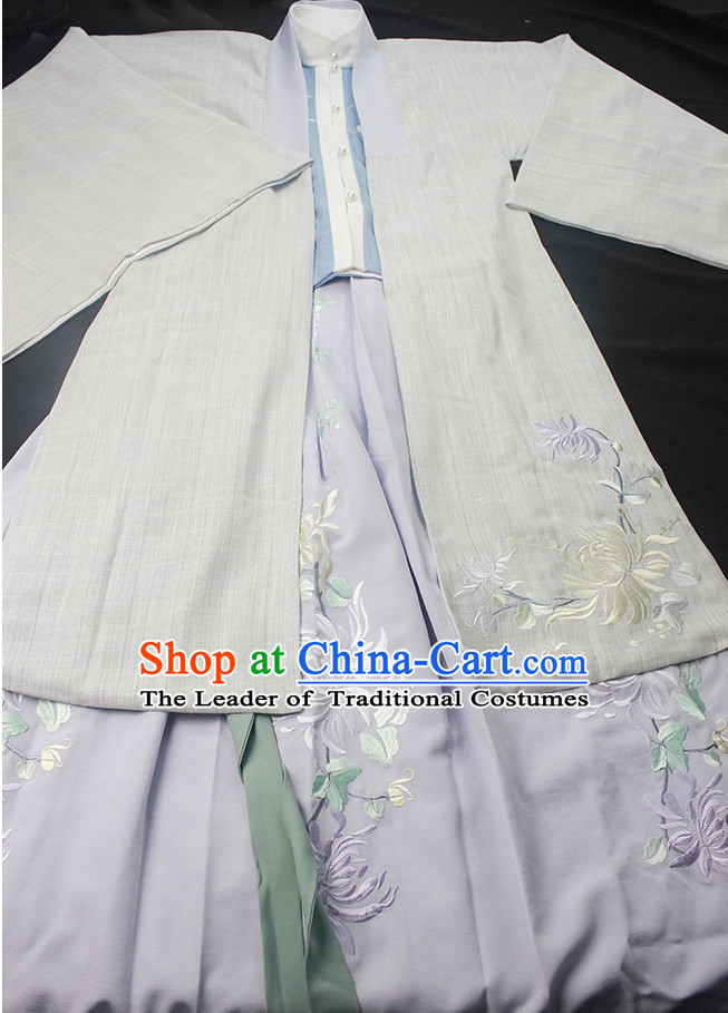 Ancient Chinese Embroidered Hanfu Garment Top and Bottom Clothing Complete Set for Women or Girls
