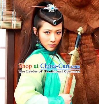 Chinese Classic Type of Black Kung Fu Women Long Wigs and Hair Clips for Women