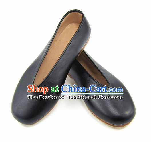Top Chinese Black Leather Traditional Tai Chi Shoes Kung Fu Shoes Martial Arts Shoes for Men or Women
