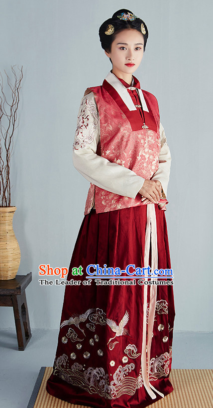 Chinese Ancient Ming Dynasty Princess Beauty Garment Costumes and Hair Jewelry Complete Set for Women