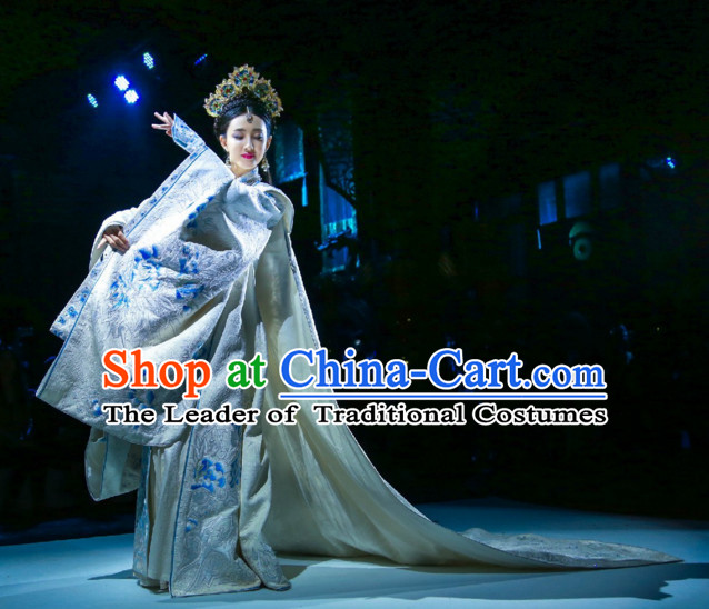 Traditional Chinese Ancient Empress Clothes Complete Set for Women with Long Trail