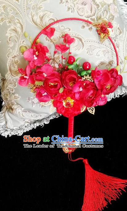 Traditional Handmade Chinese Ancient Wedding Catwalks Round Fans, Hanfu Palace Lady Bride Red Flowers Mandarin Fans for Women