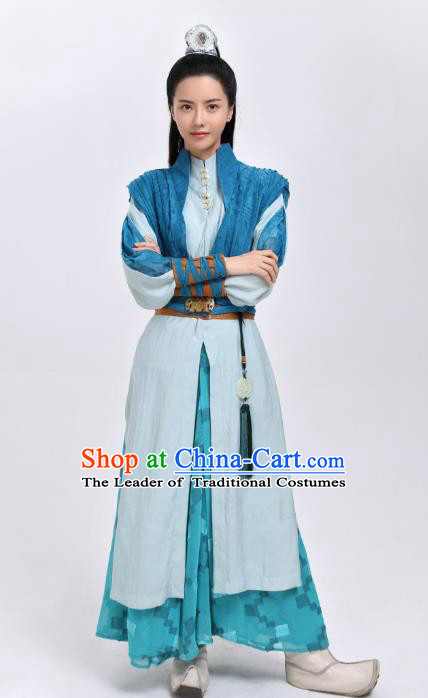 Traditional Chinese Song Dynasty Swordswoman Embroidered Costume, Asian China Ancient Heroine Clothing for Women