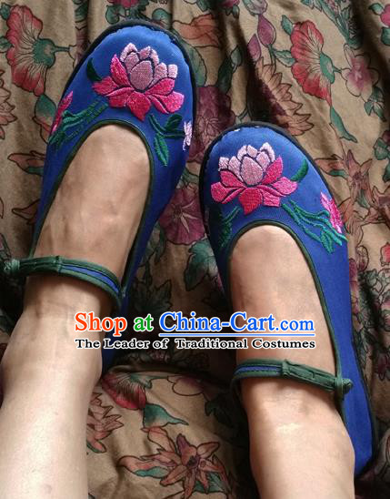 Traditional Chinese National Embroidered Shoes Blue Cloth Shoes, China Handmade Shoes Hanfu Embroidery Lotus Flowers Shoes for Women