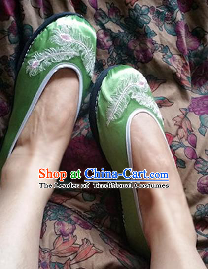 Traditional Chinese National Embroidered Shoes Handmade Green Satin Shoes, China Hanfu Embroidery Feather Shoes for Women