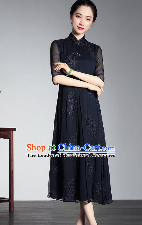 Traditional Chinese National Costume Elegant Hanfu Black Silk Embroidery Cheongsam, China Tang Suit Plated Buttons Chirpaur Dress for Women