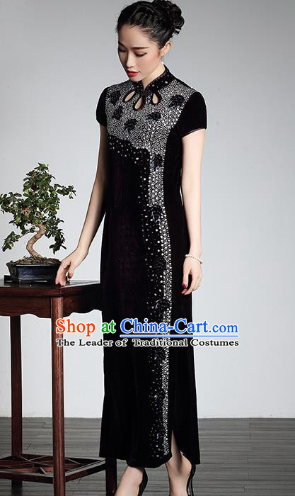 Traditional Chinese National Costume Plated Buttons Qipao, China Tang Suit Embroidered Chirpaur Top Grade Purple Velvet Cheongsam for Women