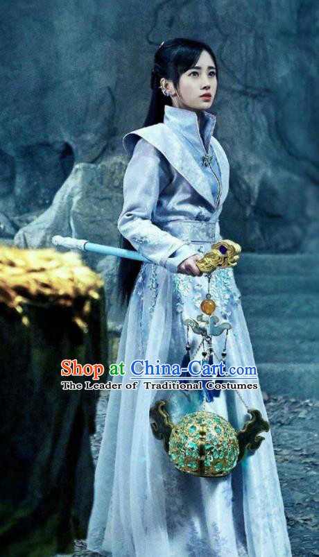 Asian China Tang Dynasty Swordswoman Costume, Traditional Chinese Ancient Chivalrous Women Hanfu Clothing