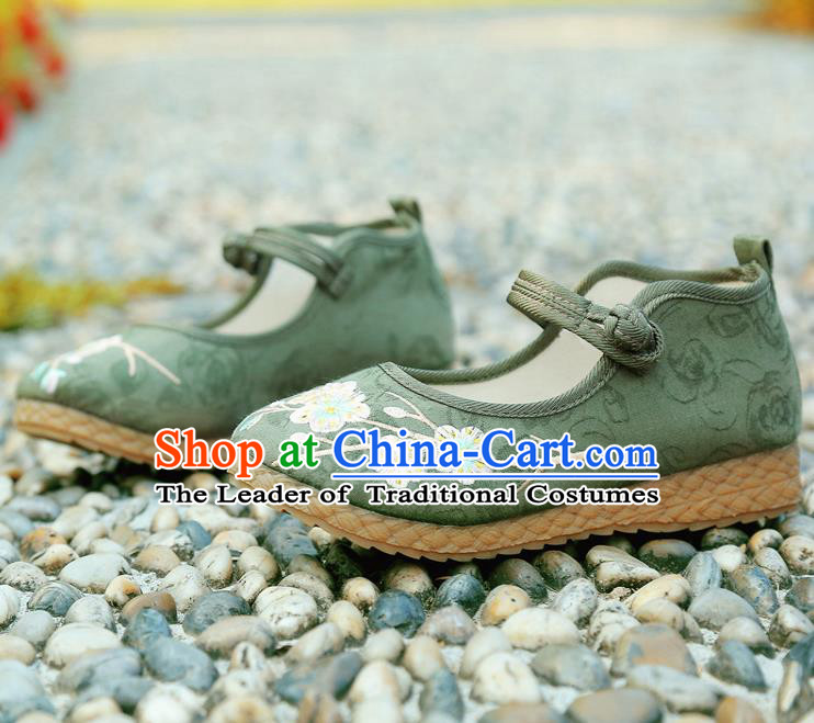 Traditional Chinese National Embroidered Shoes Green Linen Shoes, China Handmade Hanfu Embroidery Wintersweet Shoes for Kids