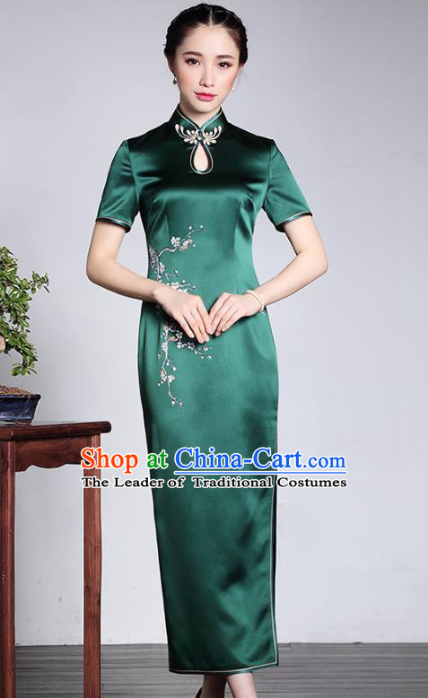 Asian Republic of China Young Lady Retro Stand Collar Green Silk Cheongsam, Traditional Chinese Embroidered Qipao Tang Suit Dress for Women
