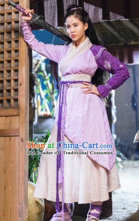 Asian China Tang Dynasty Chivalrous Lady Costume, Traditional Chinese Ancient Swordswoman Embroidered Hanfu Clothing and Headpiece Complete Set