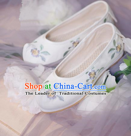 Traditional Ancient Chinese Palace Lady Hanfu Embroidered White Shoes Bow Shoes, Asian China Princess Blood Stained Shoes for Women