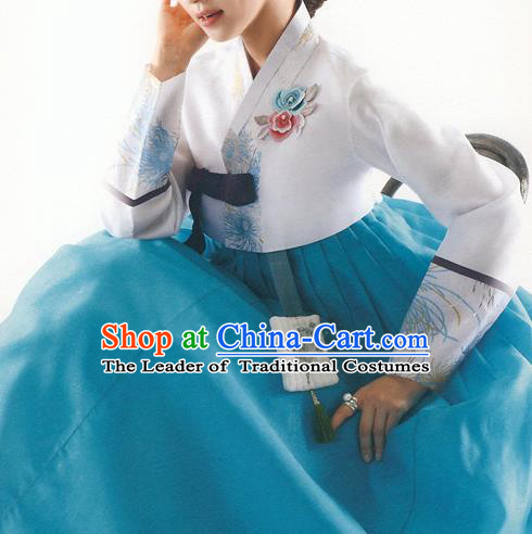 Traditional Korean Costumes Bride Formal Attire Ceremonial White Blouse and Blue Dress, Korea Hanbok Court Embroidered Clothing for Women