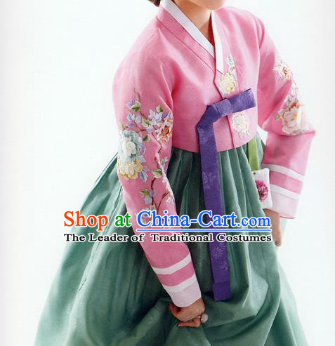 Traditional Korean Costumes Bride Formal Attire Ceremonial Pink Blouse and Green Dress, Korea Hanbok Court Embroidered Clothing for Women