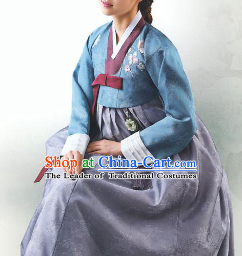 Top Grade Korean National Handmade Wedding Palace Bride Hanbok Costume Embroidered Blue Blouse and Grey Dress for Women