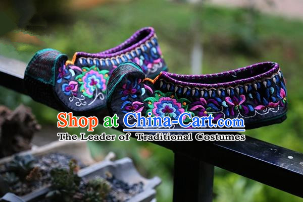 Asian Chinese Traditional Shoes Wedding Bride Black Embroidered Shoes, China Handmade Embroidery Hanfu Become Warped Head Shoe for Women