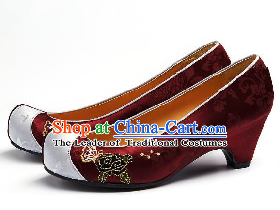 Traditional Korean National Embroidered Shoes, Asian Korean Hanbok Dark Red Wedding Shoes for Women