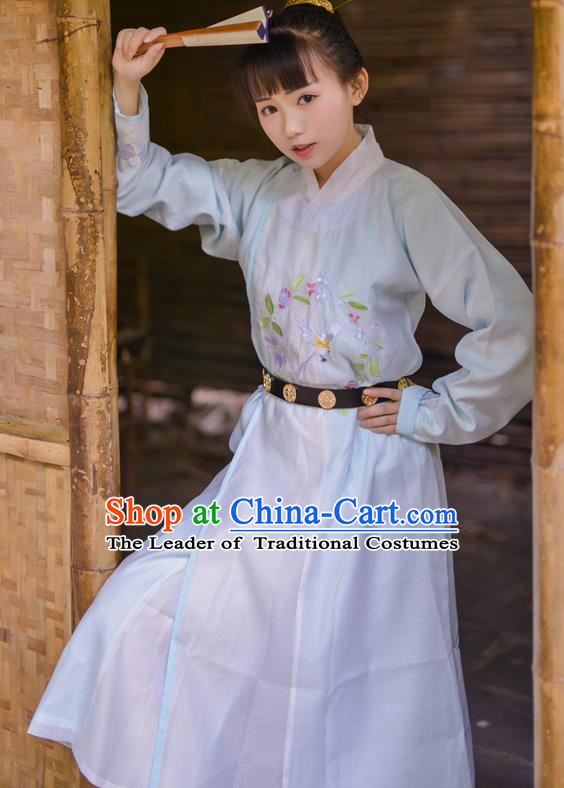 Asian China Tang Dynasty Kawaler Costume Blue Robe, Traditional Ancient Chinese Swordsman Hanfu Embroidered Clothing for Women