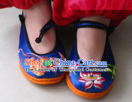 Traditional Chinese Ancient Princess Shoes Blue Cloth Embroidered Shoes, China Handmade Embroidery Lotus Hanfu Shoes for Women