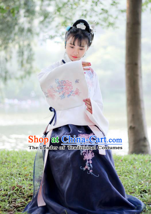 Traditional Chinese Ancient Ming Dynasty Young Lady Hanfu Costume Embroidered Blouse and Skirt for Women