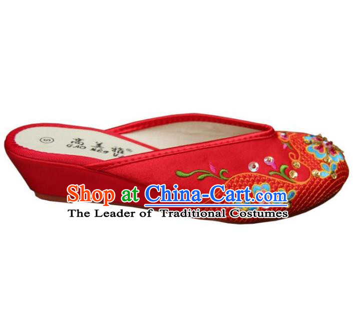 Traditional Chinese National Bride Red Paillette Embroidered Shoes, China Handmade Embroidery Flowers Hanfu Slippers for Women